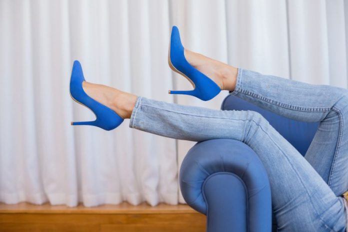 nohy v lodickach