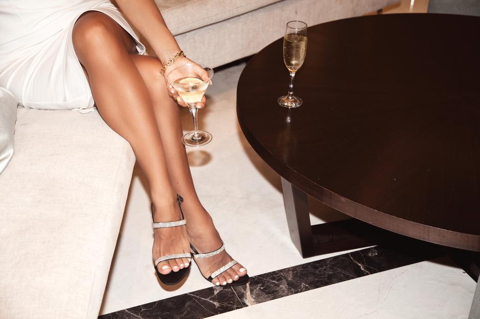 pekne-nohy Ako získať štíhle a dlhé nohy na fotkách?