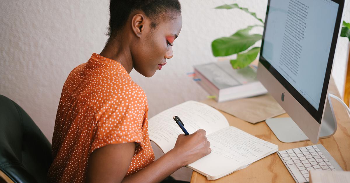 women-in-work-1 Máte sedavú prácu? 3 tipy na rozprúdenie krvi vžilách!